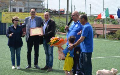 Vincenzo e Rita Castelli alla festa della Scuola Calcio dedicata a Giorgio